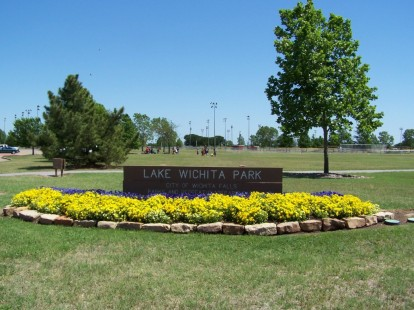 Lake Wichita Park Center Flowerbed